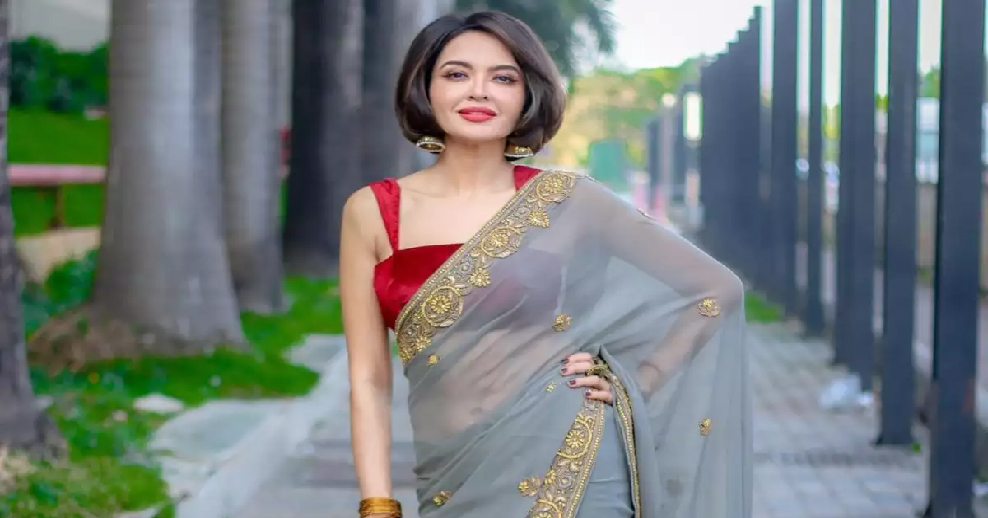 parull chaudhary review on dussehra